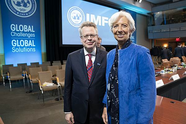 Governor Gudmundsson and Director Lagarde